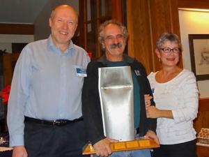 Bent mast award
