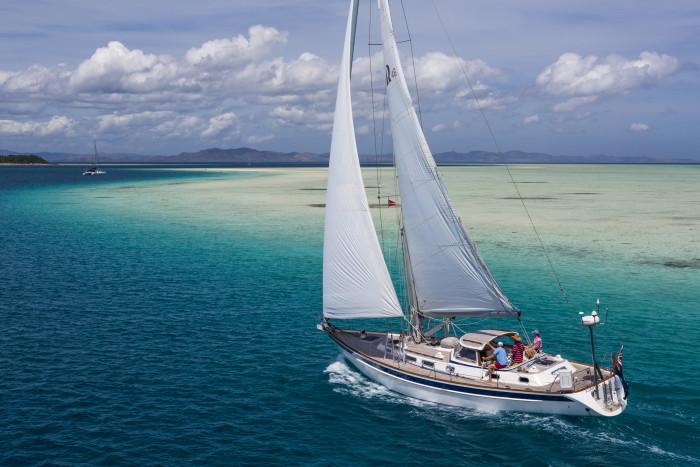 Mahina Tiare sailing in Fiji (John Neal and Amanda Swan Neal)